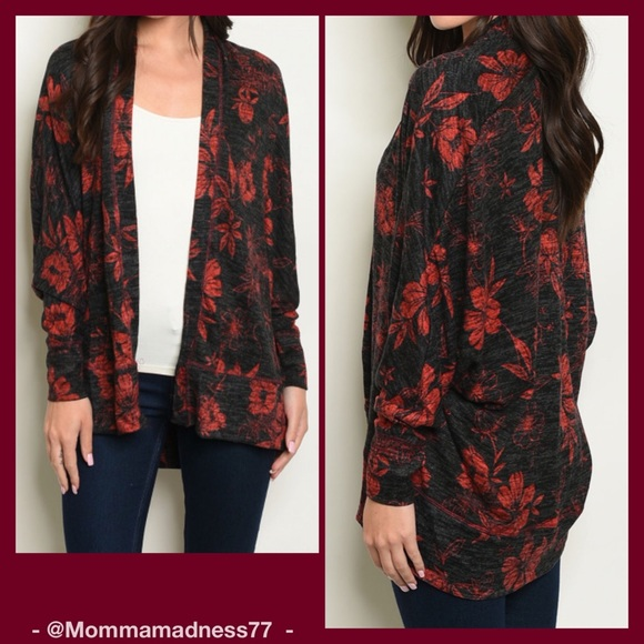 @mommamadness77 Sweaters - 5⭐️🆕🍁(4left)🍂Black & Red Knit Floral Cardigan